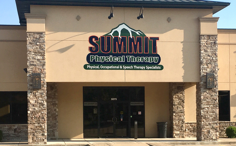 Claremore OK Summit Physical Therapy Clinic Exterior