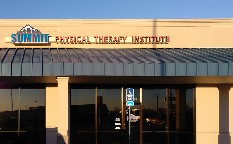 Skiatook OK Summit Physical Therapy Clinic Exterior
